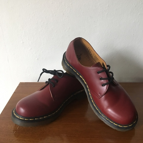 c3706c2744364 Dr. Martens Shoes - Dr. Marten Cherry Red Oxfords 1461 3 Eye Gibson